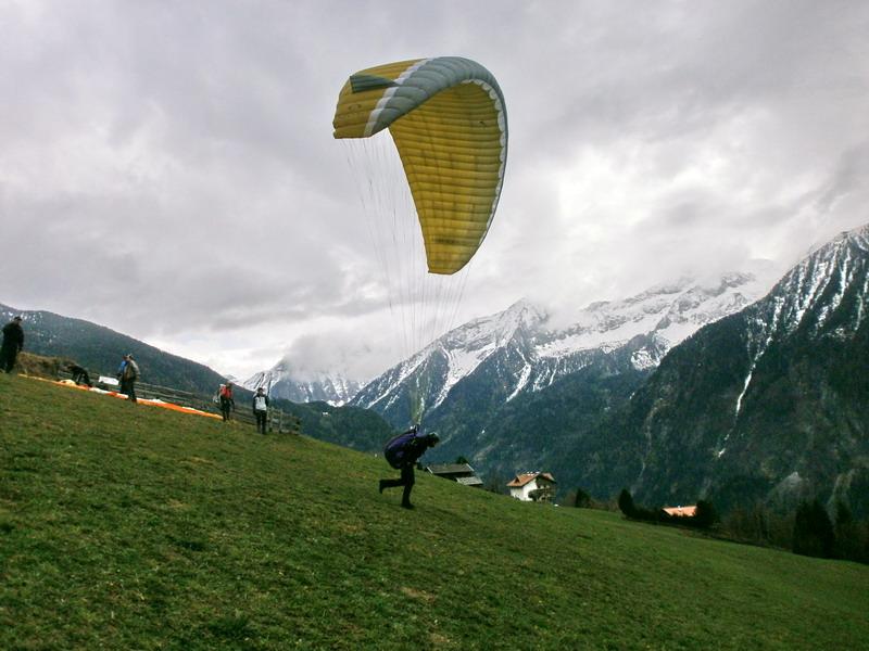 Gleitschirm Hangstart Startplatz Ahornach - Höhenflugausbildung in Südtirol